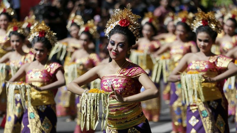 Photo of Bali fears for future, as Indonesia's coronavirus cases jump