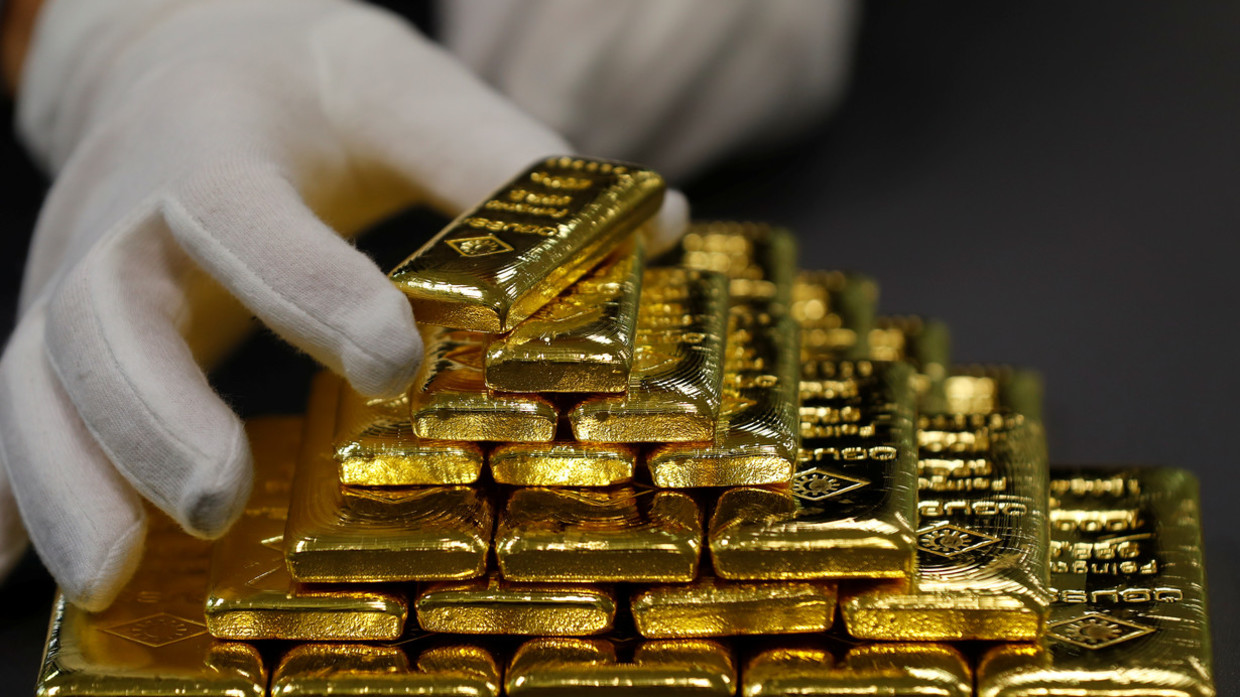 Photo of The Wild Hunt for 100-Ounce Gold Bars