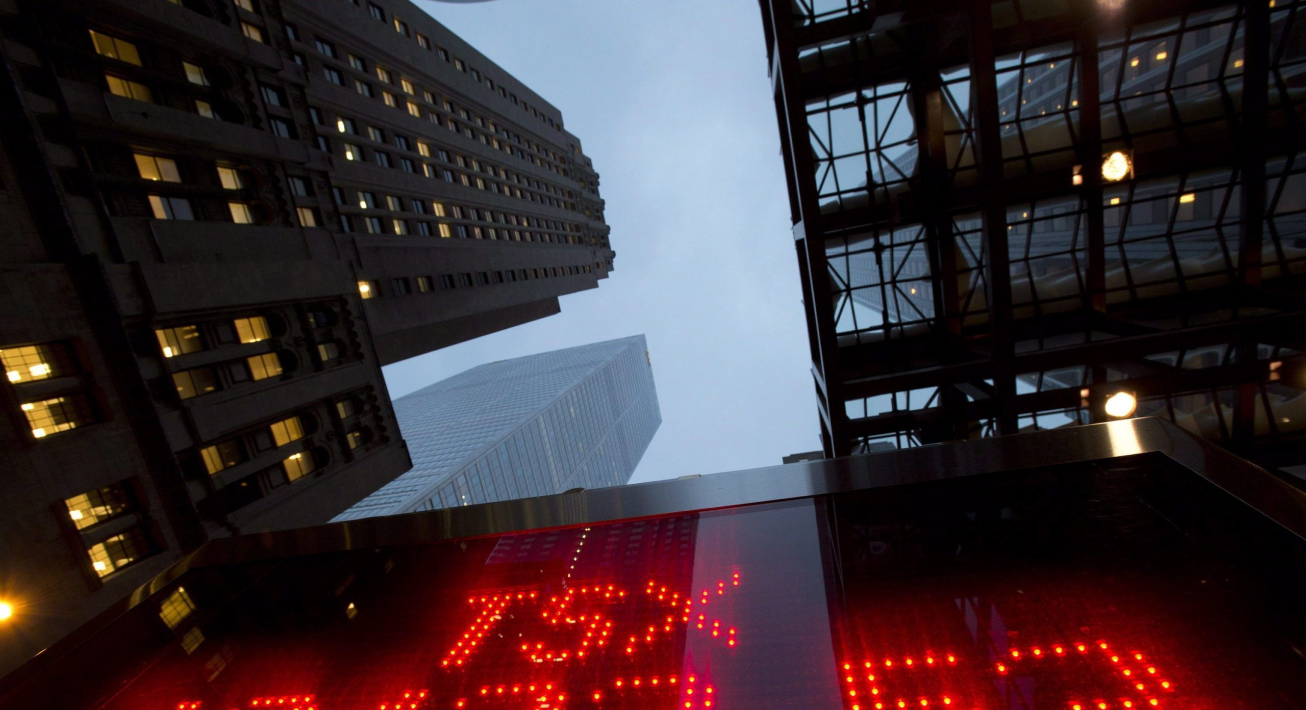Photo of The close: TSX falls 3.8% as evidence mounts of deep global recession